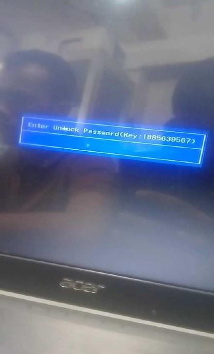 Acer Aspire A315-31-P8GP.jpg